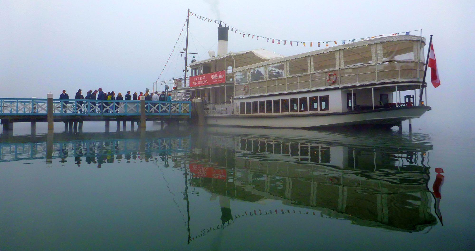 TID-Treffen 2017, 25. bis 29. Oktober mit viel Sonne am Wörthersee um 10Uhr und um 14Uhr fährt das Ausflugsschiff hier ab, um 14Uhr fährt der Großteil des Treffens dann mit dem Dampfer.